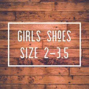 Girls shoes sizes 2-3.5